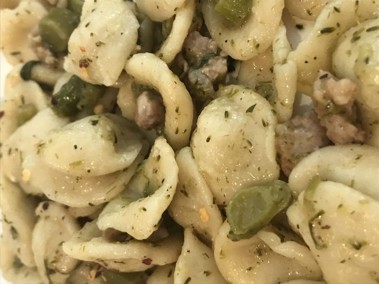 Orecchiette salsiccia, broccoli e peperoncino